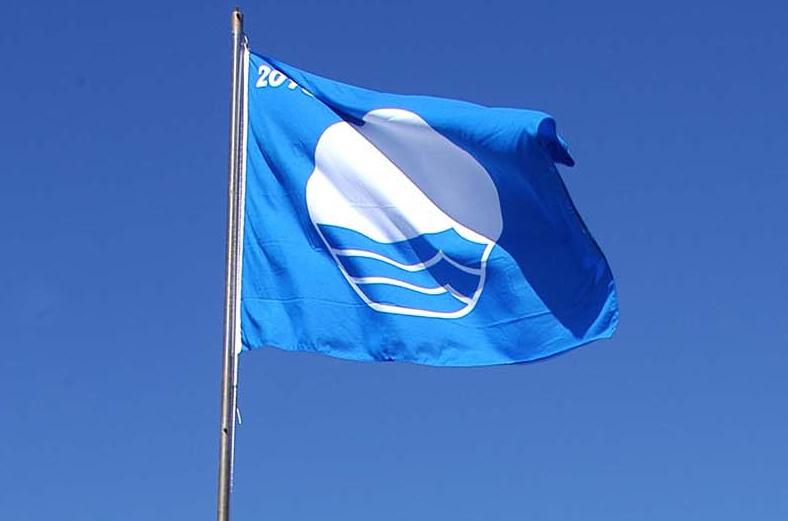 Banderas azules a las playas de Ayamonte