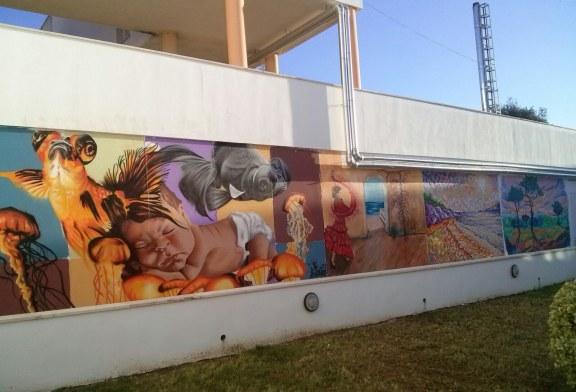 ARTISTAS LOCALES LLENAN DE COLOR LAS PAREDES DE LA RESIDENCIA DE MAYORES DE AYAMONTE