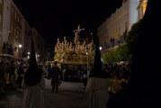 EL MARQUÉS DE AYAMONTE PRESIDIÓ LA PROCESIÓN DE LA VERACRUZ EN LA PUERTA DE ESPAÑA