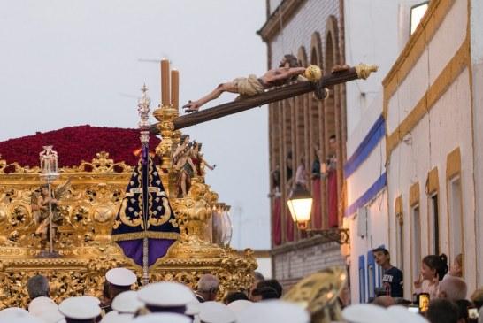 CAUTIVO, BUENA MUERTE Y ROSARIO LLENAN DE FE LAS CALLES DE AYAMONTE