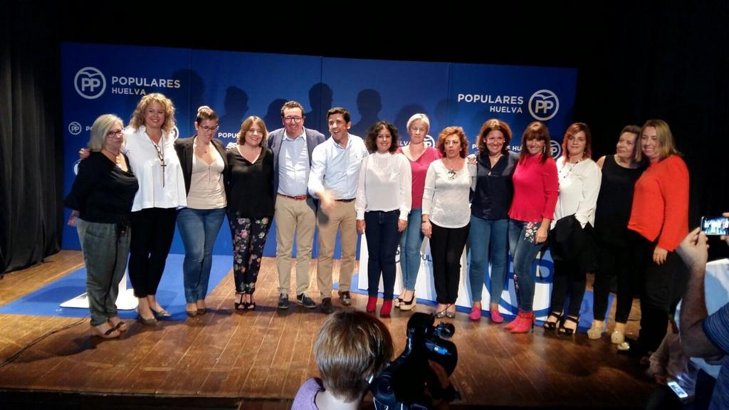 ALBERTO FERNÁNDEZ ES REELEGIDO POR UNANIMIDAD PRESIDENTE DE LOS POPULARES AYAMONTINOS